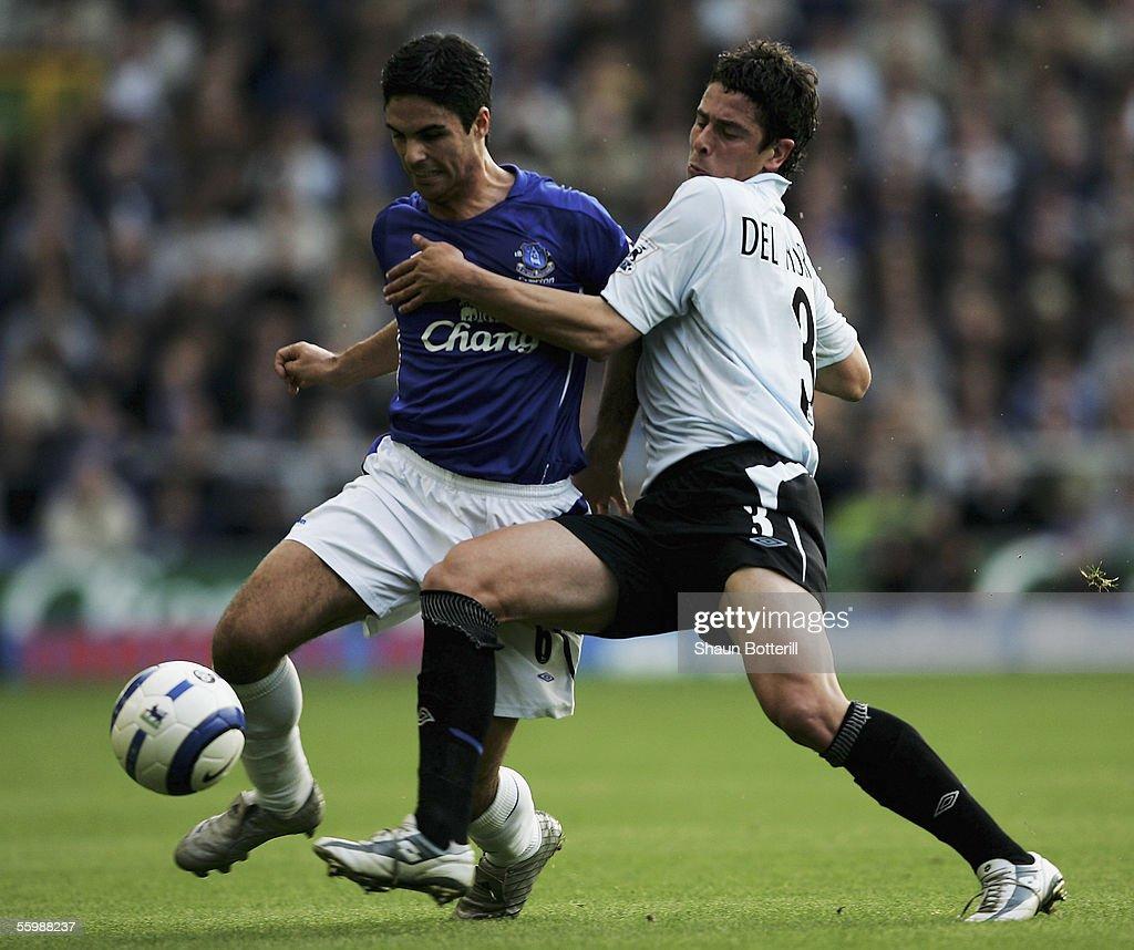 Everton v Chelsea : News Photo