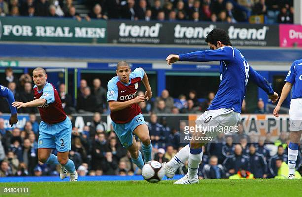 Mikel Arteta of Everton scores from the penalty spot during the FA Cup 5th Round match sponsored by eon between Everton and Aston Villa at Goodison...