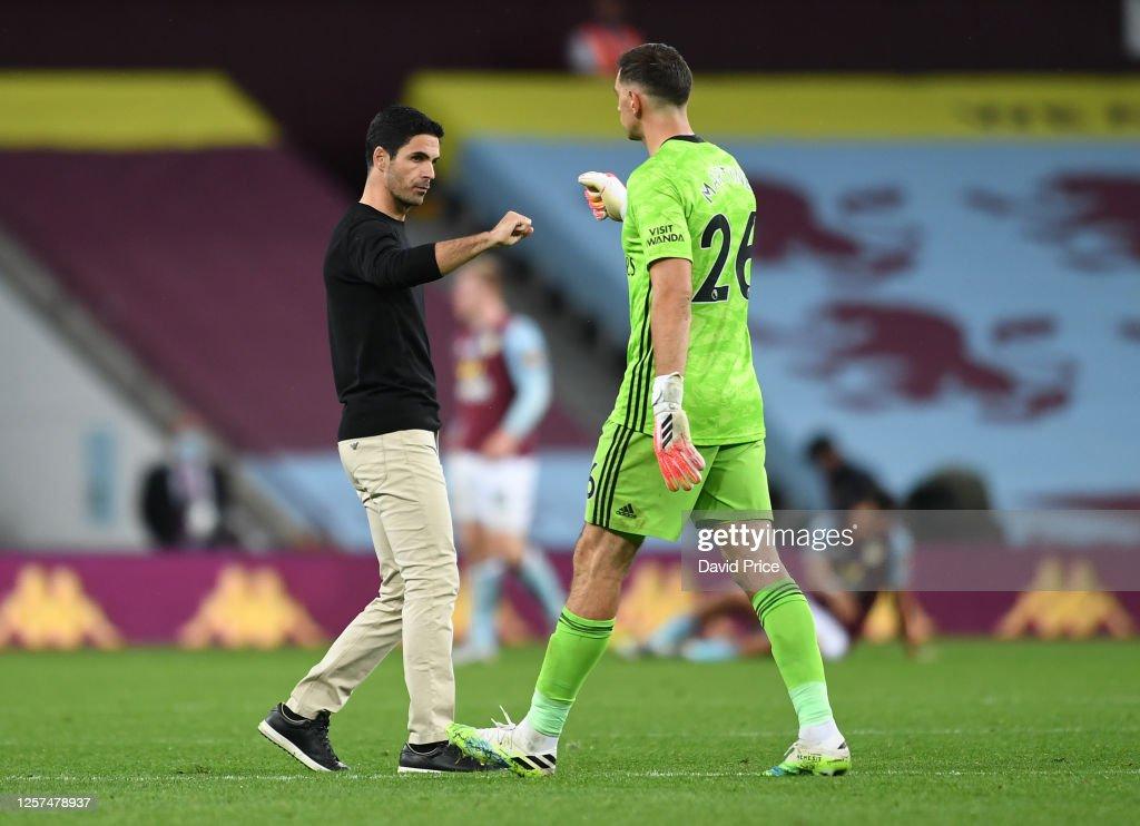 Aston Villa v Arsenal FC - Premier League : ニュース写真