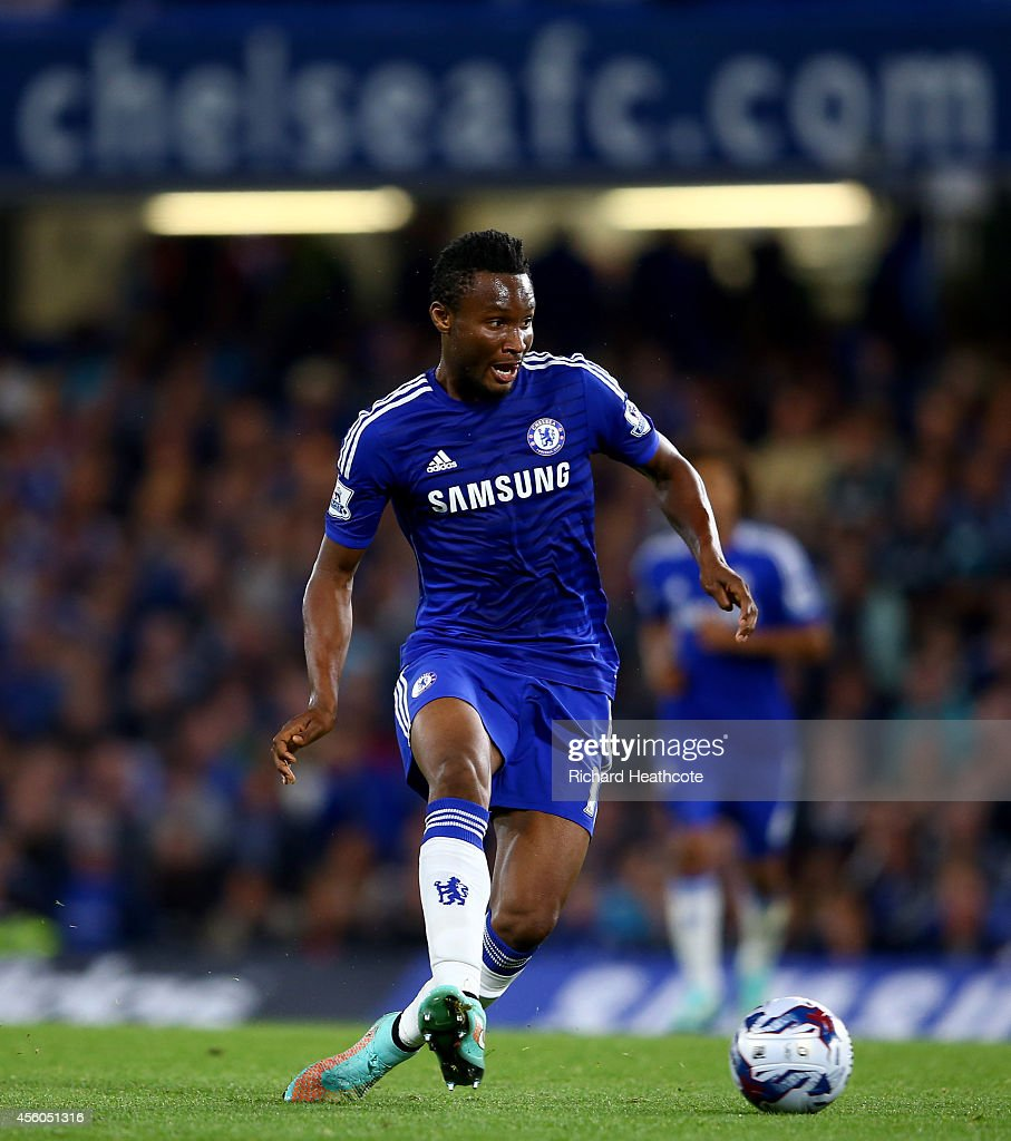 Chelsea v Bolton Wanderers - Capital One Cup Third Round : News Photo