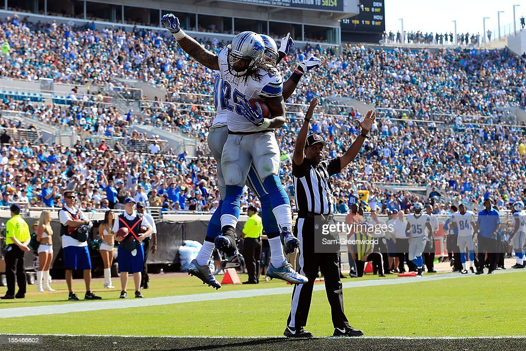 Mikel Leshoure #25 of the Detroit Lions celebrates after scoring a touchdown during the game against the Jacksonville Jaguars at EverBank Field on November 4, 2012 in Jacksonville, Florida.