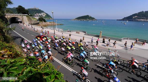 Mikel Nieve Ituralde of Spain and Team MitcheltonScott / Bob Jungels of Luxembourg and Team QuickStep Floors / Hubert Dupont of France and Team AG2R...