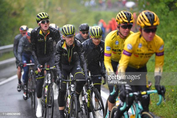 Mikel Nieve of Spain and Team Mitchelton - Scott / Johan Esteban Chaves Rubio of Colombia and Team Mitchelton - Scott / Luke Durbridge of Australia...