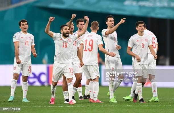 Mikel Oyarzabal, Jordi Alba, Thiago Alcantara, Sergio Busquets and Gerard Moreno of Spain celebrate during the penalty shoot out during the UEFA Euro...