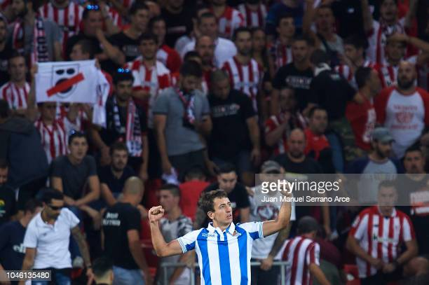 Mikel Oyarzabal of Real Sociedad celebrates after scoring during the La Liga match between Athletic Club and Real Sociedad at San Mames Stadium on...