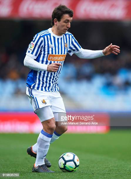 Mikel Oyarzabal of Real Sociedad in action during the La Liga match between Real Sociedad and Levante at Estadio de Anoeta on February 18 2018 in San...