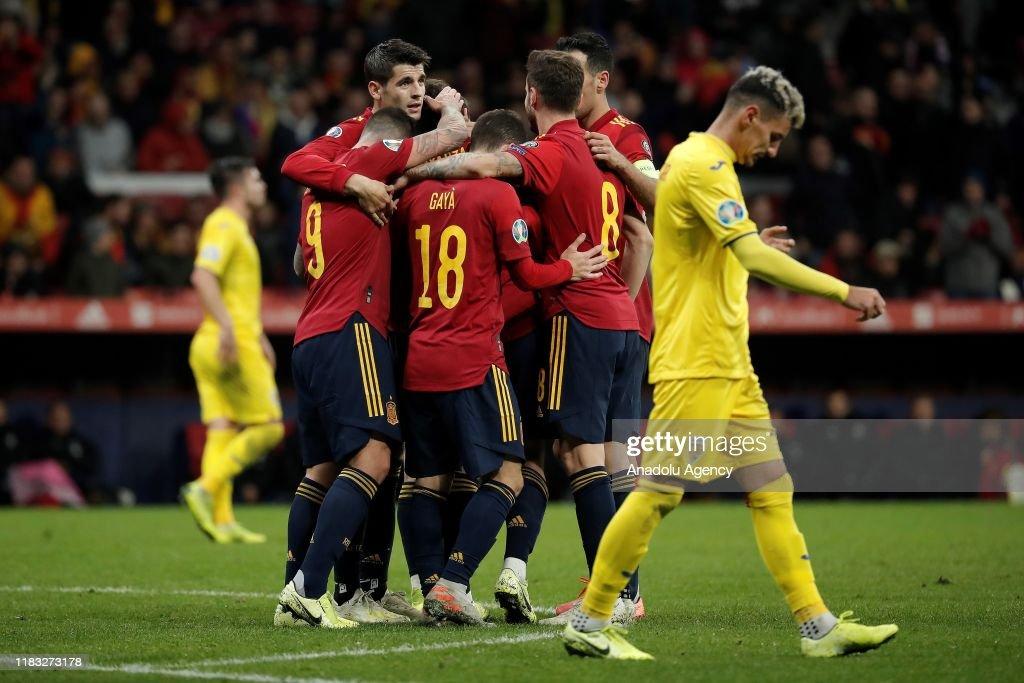 Spain vs Romania - UEFA EURO 2020 : Foto jornalística