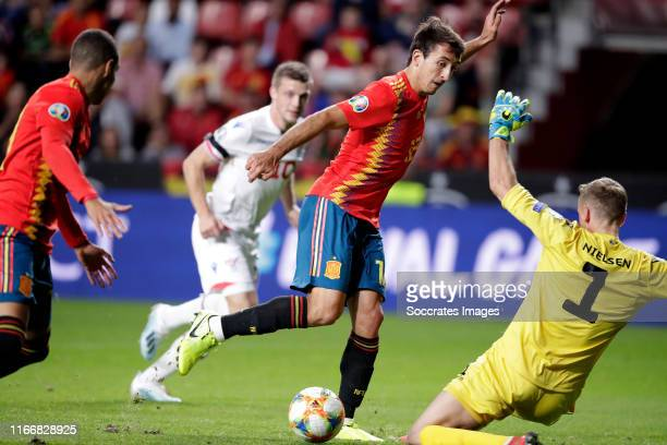 Mikel Oyarzabal of Spain, Gunnar Nielsen of Faroe Islands, Rodrigo of Spain during the EURO Qualifier match between Spain v Faroe Islands at the El...