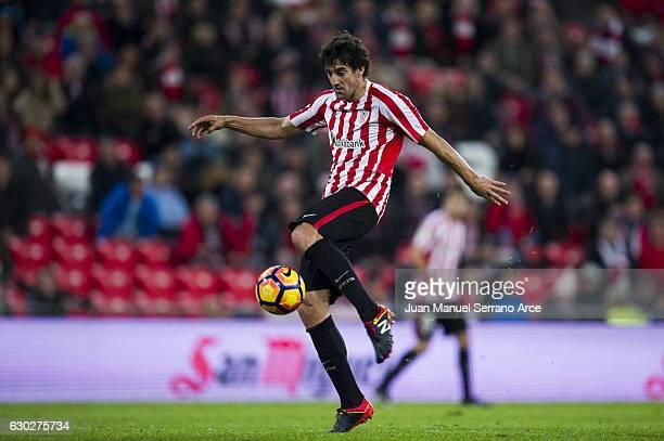 Mikel San Jose of Athletic Club scoring his team's second goal during the La Liga match between Athletic Club Bilbao and RC Celta de Vigo at San...