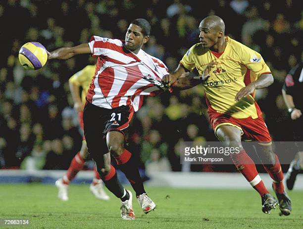 Mikele Leigertwood of Sheffield Utd tangles with Damien Francis of Watford during the Barclays Premiership match between Warford and Sheffield United...