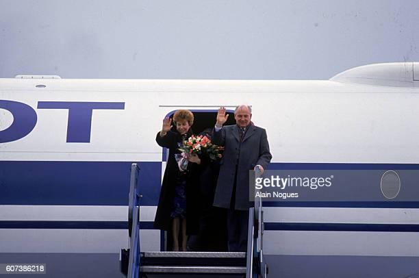 Mikhael and Raisa Gorbachev arriving at the Ljubljana Airport