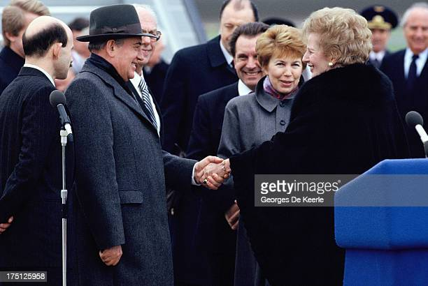 Mikhail Gorbachev Raisa Gorbachova and Margaret Thatcher at Heathrow Airport at the end of his official visit to London on April 7 1989 in London...