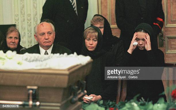 Mikhail Gorbachev with his daughter Irina and his granddaugter Ksenia