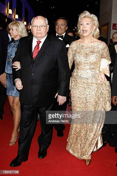 Mikhail Gorbacheva and Ute Ohoven attend the 20th UNESCO charity gala at Maritim Hotel on November 19, 2011 in Duesseldorf, Germany.