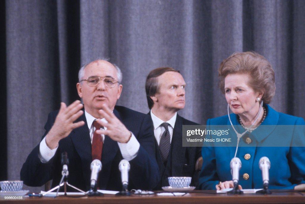 Mikhaïl Gorbatchev et Margaret Thatcher à Moscou : Fotografia de notícias