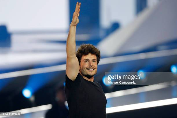 Miki Núñez from Spain performs live on stage during the 64th annual Eurovision Song Contest held at Tel Aviv Fairgrounds on May 17 2019 in Tel Aviv...
