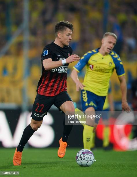 Mikkel Duelund of FC Midtjylland controls the ball during the Danish Alka Superliga match between FC Midtjylland and Brondby IF at MCH Arena on April...