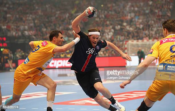 Mikkel Hansen of Paris controls the ball during the first semifinal of the EHF Final4 between VS Tauron Kielce and Paris SaintGermain on May 28 2016...