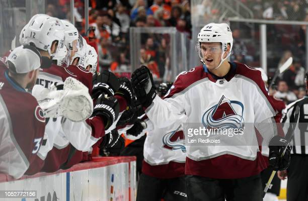 Mikko Rantanen of the Colorado Avalanche celebrates his first period powerplay goal against the Philadelphia Flyers with his teammates on the bench...