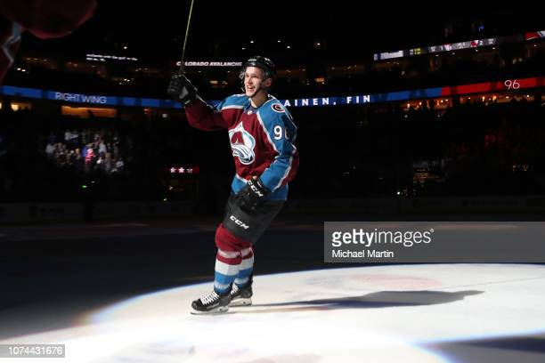 Mikko Rantanen of the Colorado Avalanche salutes the crowd after skating in his 200th career NHL game against the Montreal Canadiens at the Pepsi...