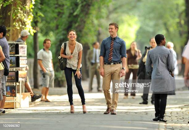 Mila Kunis and Justin Timberlake on location for 'Friends With Benefits' on 5th Avenue on July 20 2010 in New York City