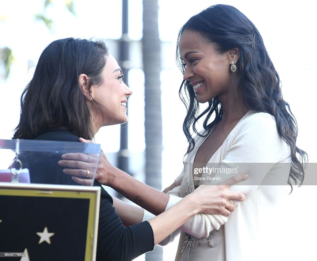 Zoe Saldana Honored With A Star On The Hollywood Walk Of Fame : ニュース写真