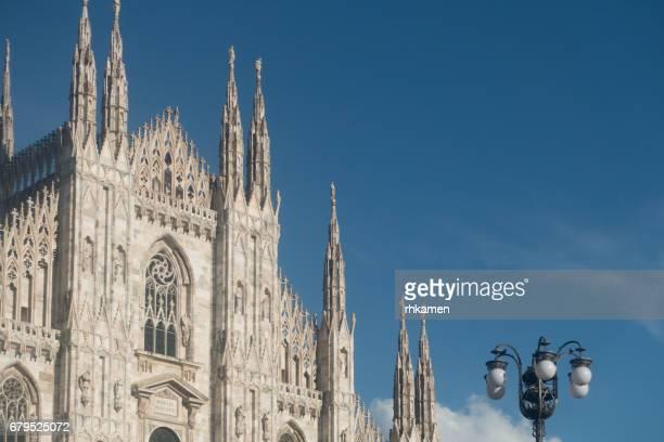 milan cathedral, duomo di milano, milan, italy - duomo di milano foto e immagini stock