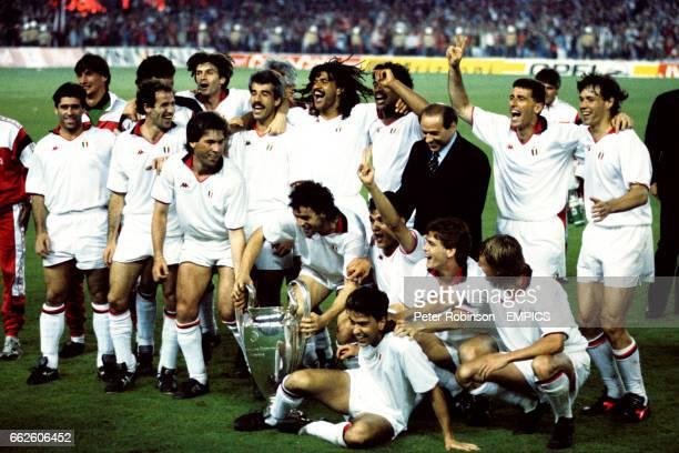 AC Milan celebrate with the European Cup after their 40 victory Franco Baresi Carlo Ancelotti Pietro Virdis Ruud Gullit Frank Rijkaard Silvio...
