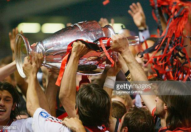 Milan celebrates winning the UEFA Champions League Final match between Juventus FC and AC Milan on May 28 2003 at Old Trafford in Manchester England