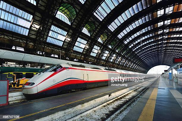 stazione centrale di milano - cupola foto e immagini stock