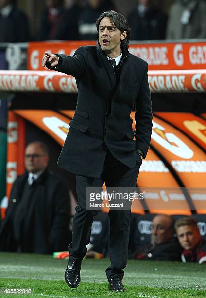 Milan coach Filippo Inzaghi issues instructions to his players during the Serie A match between AC Milan and Hellas Verona FC at Stadio Giuseppe...