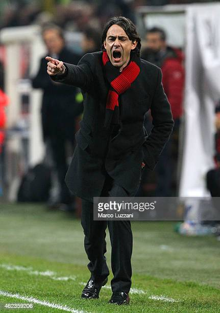 Milan coach Filippo Inzaghi shouts to his players during the TIM Cup match between AC Milan and SS Lazio at Stadio Giuseppe Meazza on January 27,...