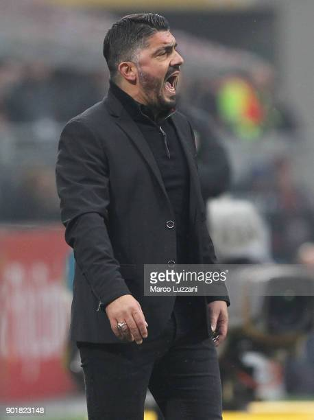 Milan coach Gennaro Gattuso shouts to his players during the serie A match between AC Milan and FC Crotone at Stadio Giuseppe Meazza on January 6...