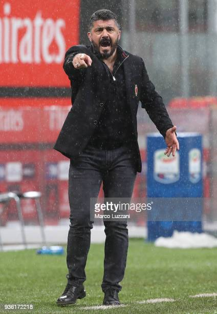 Milan coach Gennaro Gattuso shouts to his players during the serie A match between AC Milan and AC Chievo Verona at Stadio Giuseppe Meazza on March...