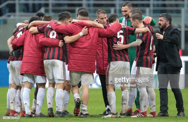 Milan coach Ivan Gennaro Gattuso celebrates the victory with AC Milan players at the end of the serie A match between AC Milan and AC Chievo Verona...