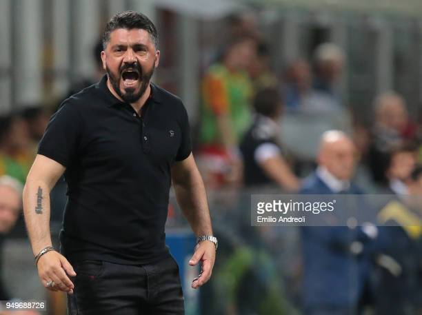 Milan coach Ivan Gennaro Gattuso shouts to his players during the serie A match between AC Milan and Benevento Calcio at Stadio Giuseppe Meazza on...