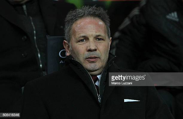 Milan coach Sinisa Mihajlovic looks on before the Serie A match between AC Milan and ACF Fiorentina at Stadio Giuseppe Meazza on January 17 2016 in...