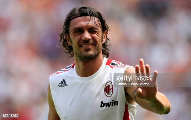Milan defender Paolo Maldini warms up prior AC Milan v AS Roma on May 24 2009 in Milan Italy