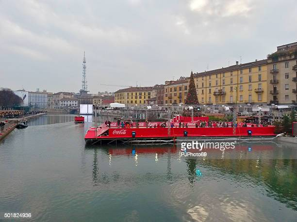 milan - dock - christmas village - pjphoto69 stock pictures, royalty-free photos & images