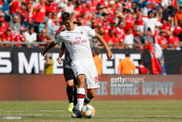 Milan forward Daniel Maldini passes the ball during an International Champions Cup match between AC Milan of Italy and SL Benfica of Portugal on July...