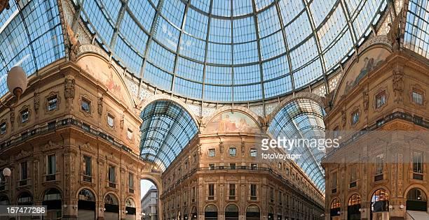 Milan Galleria Vittorio Emanuele II-panorama