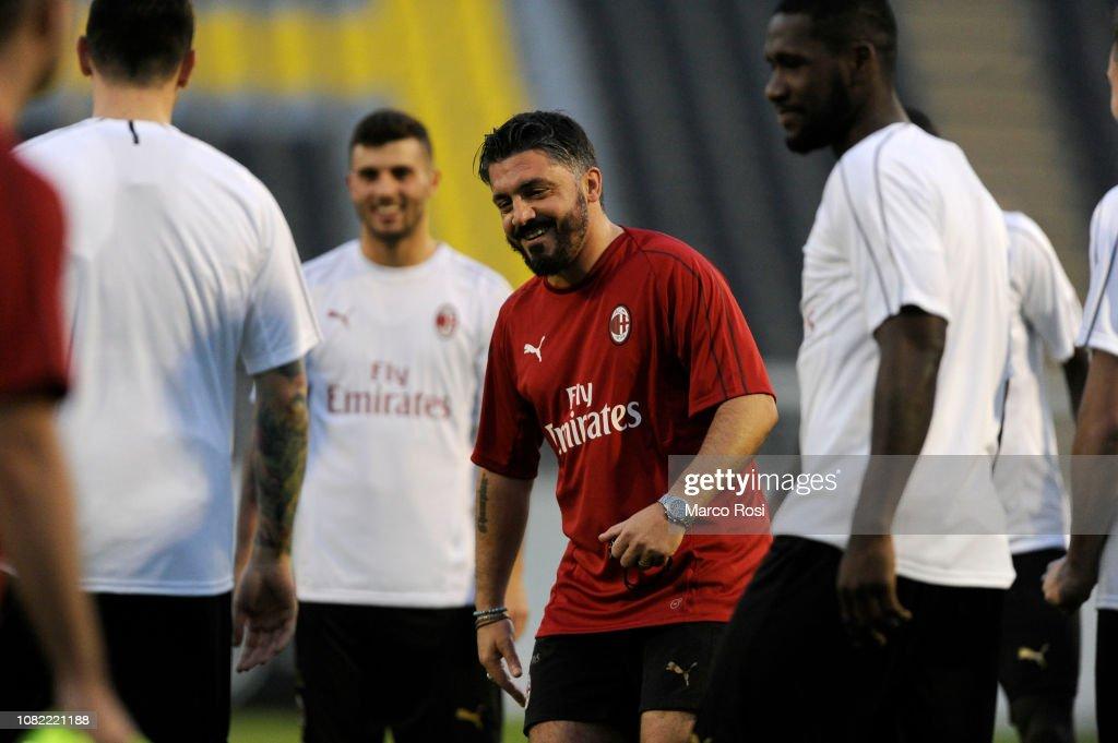 AC Milan Training Session - Italian Supercup Previews : News Photo