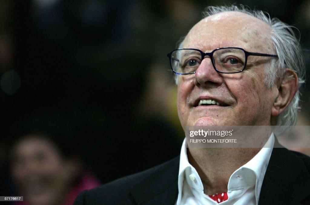 09 Oct  Italian Playwright, Dario Fo, Receives Nobel Prize