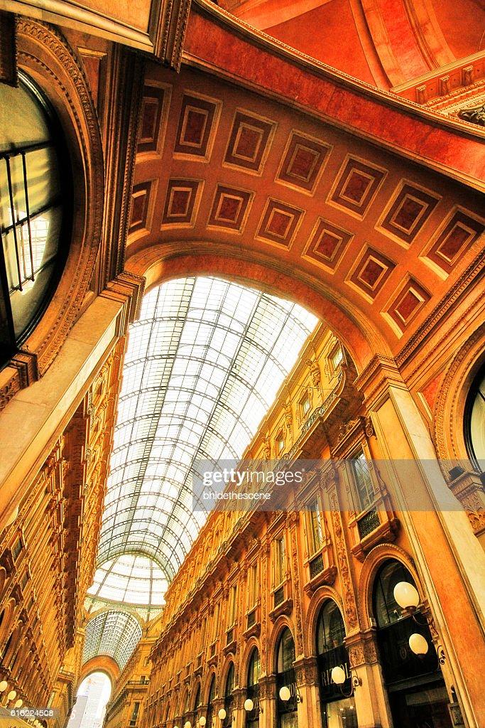 Milan, Italy - March 18, 2010 - Galleria Vittorio Emanuele II : Stockfoto