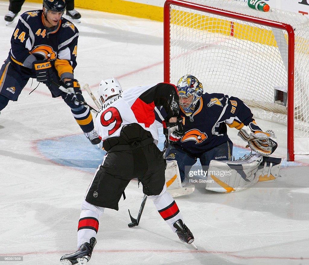 Ottawa Senators v Buffalo Sabres : News Photo