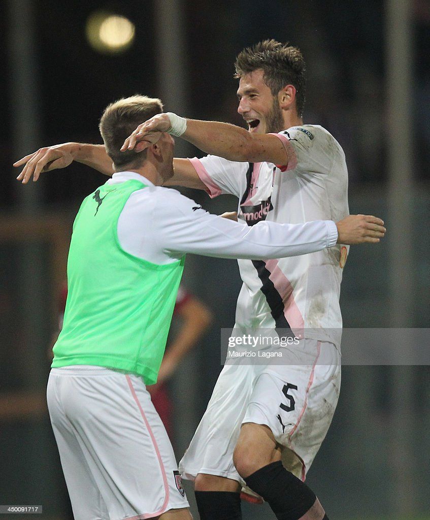 Milan Milanovic of Palermo celebrates after scoring the second goal during the Serie B match between Reggina Calcio and US Citta di Palermo at Stadio Oreste Granillo on November 16, 2013 in Reggio Calabria, Italy.