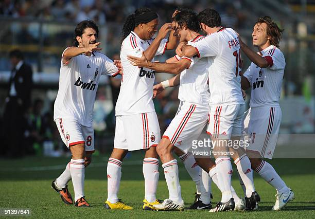 Milan players celebrate the goal by Ronaldinho during the Serie A match between Atalanta BC and AC Milan at Stadio Atleti Azzurri d'Italia on October...