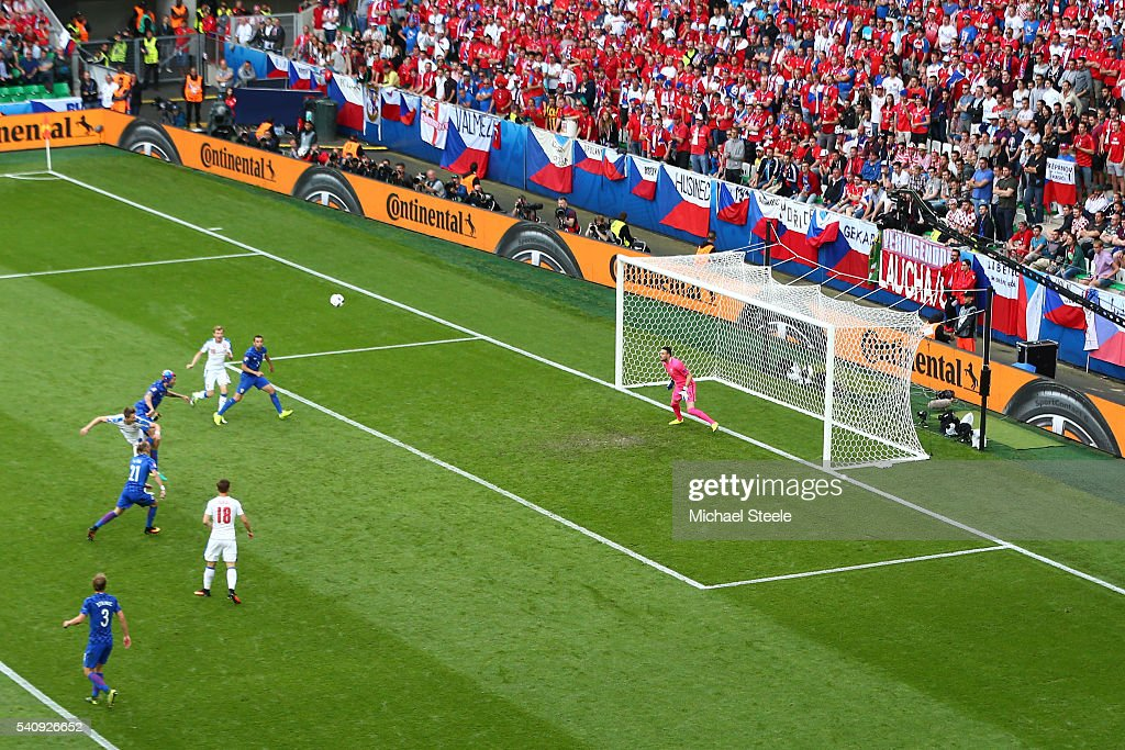 Milan Skoda of Czech Republic scores his sides first goal past Danijel Subasic of Croatia during the UEFA EURO 2016 Group D match between Czech Republic and Croatia at Stade Geoffroy-Guichard on June 17, 2016 in Saint-Etienne, France.