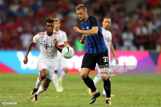 Milan Skriniar of FC Internazionale controls the ball during the International Champions Cup match between FC Bayern and FC Internazionale at...