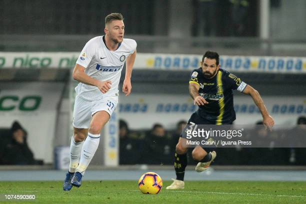 Milan Skriniar of FC Internazionale in action during the Serie A match between Chievo Verona and FC Internazionale at Stadio Marc'Antonio Bentegodi...
